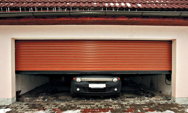 Rolovacie garážové a priemyselné brány