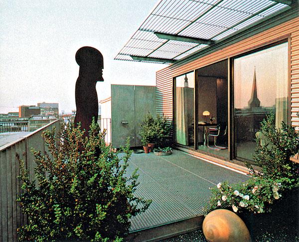 Plochá strecha = piata fasáda