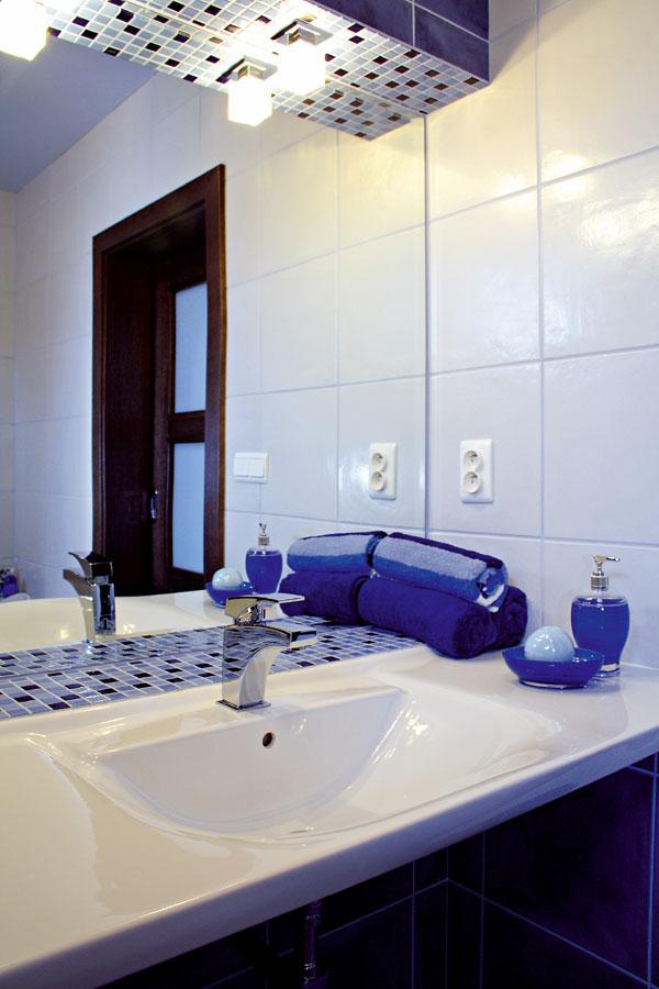 Kúpeľňové onikanie: alebo: o nikách, ktoré robia kúpeľňu