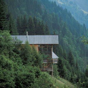 Aby vám dom neušiel k susedom!: Alebo stavať či nie, to je otázka…