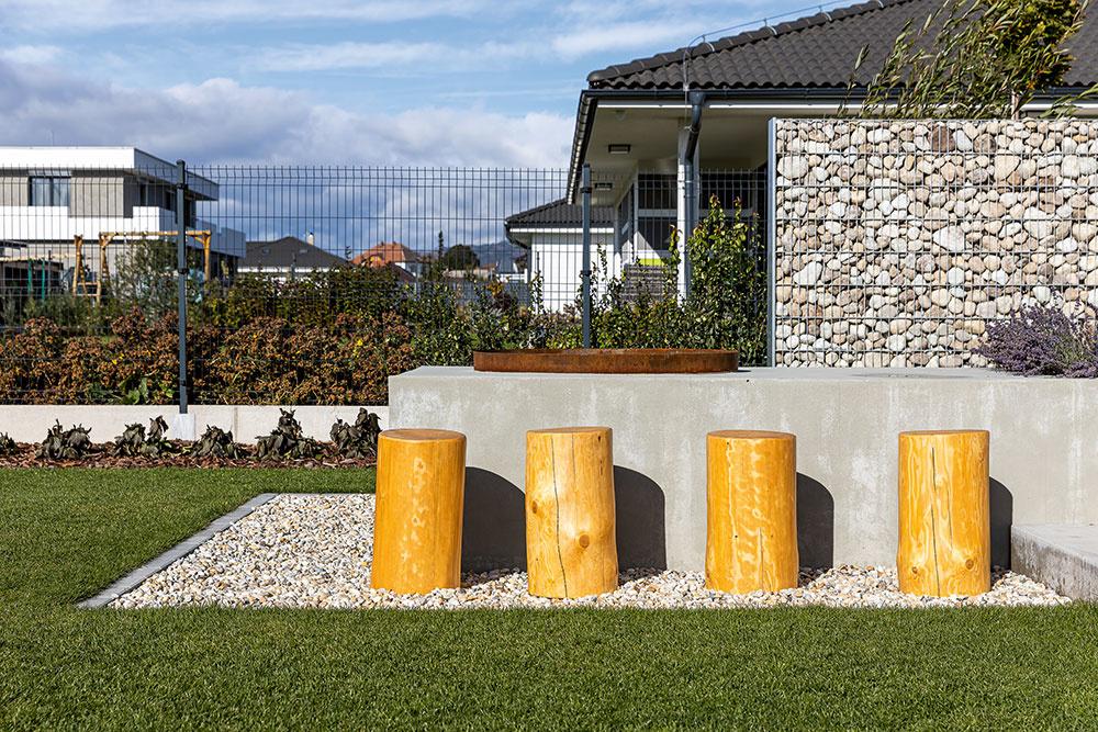 kamenné gabiony pred domom