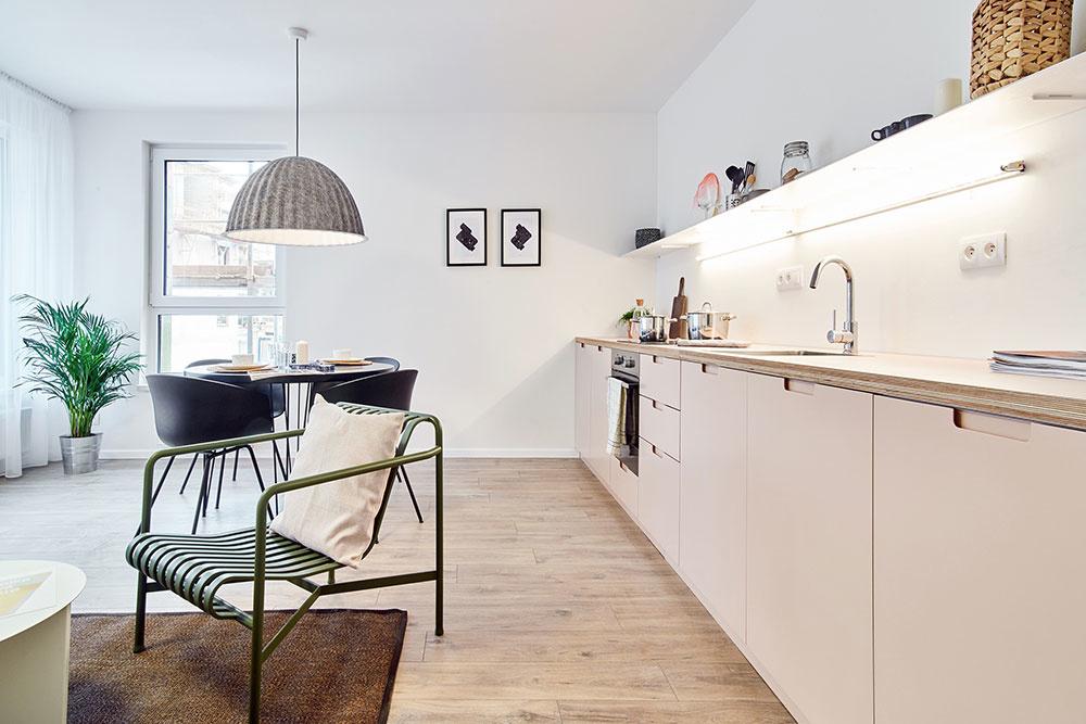 kuchyňa s jedálenskym kútom