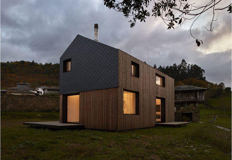 Za 5 hodín postavili rodine dom na ich obľúbenom mieste! Ako je to vôbec možné?