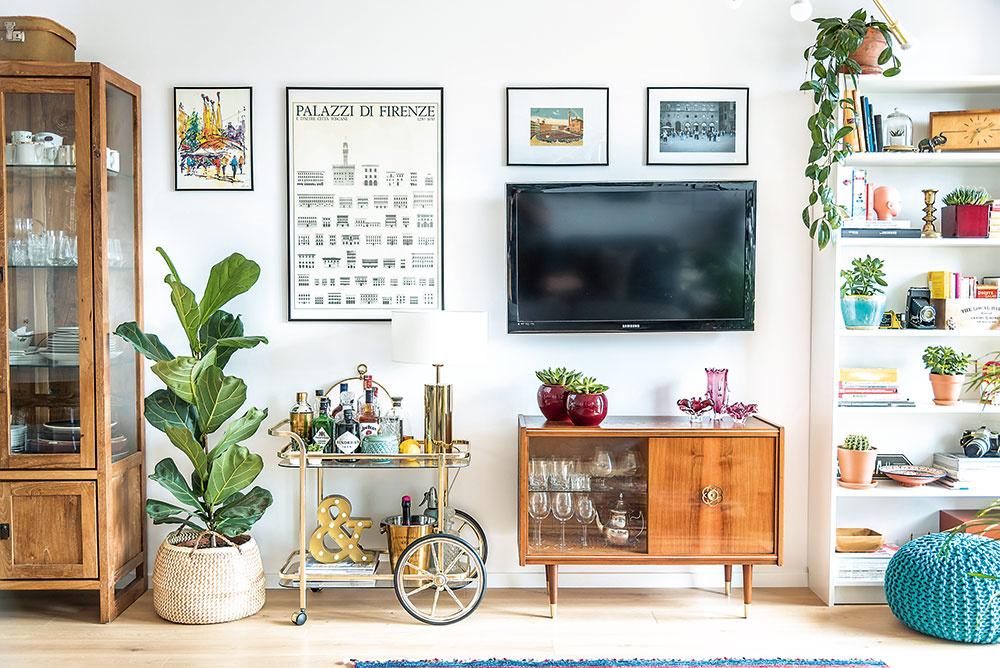 nábytok v izbe