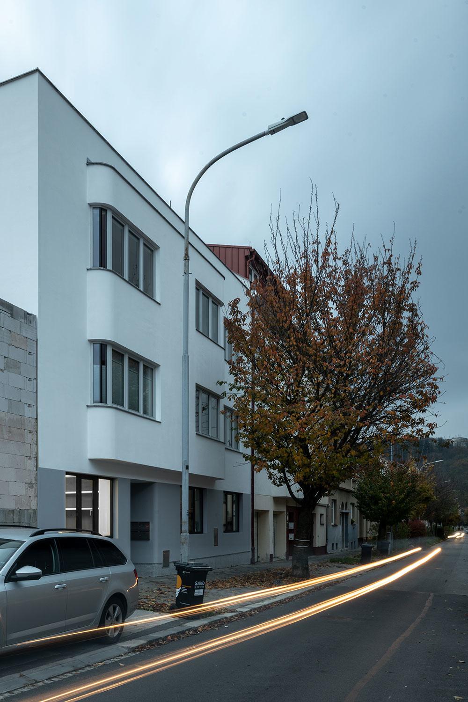 Elegantná rekonštrukcia prvorepublikového domu
