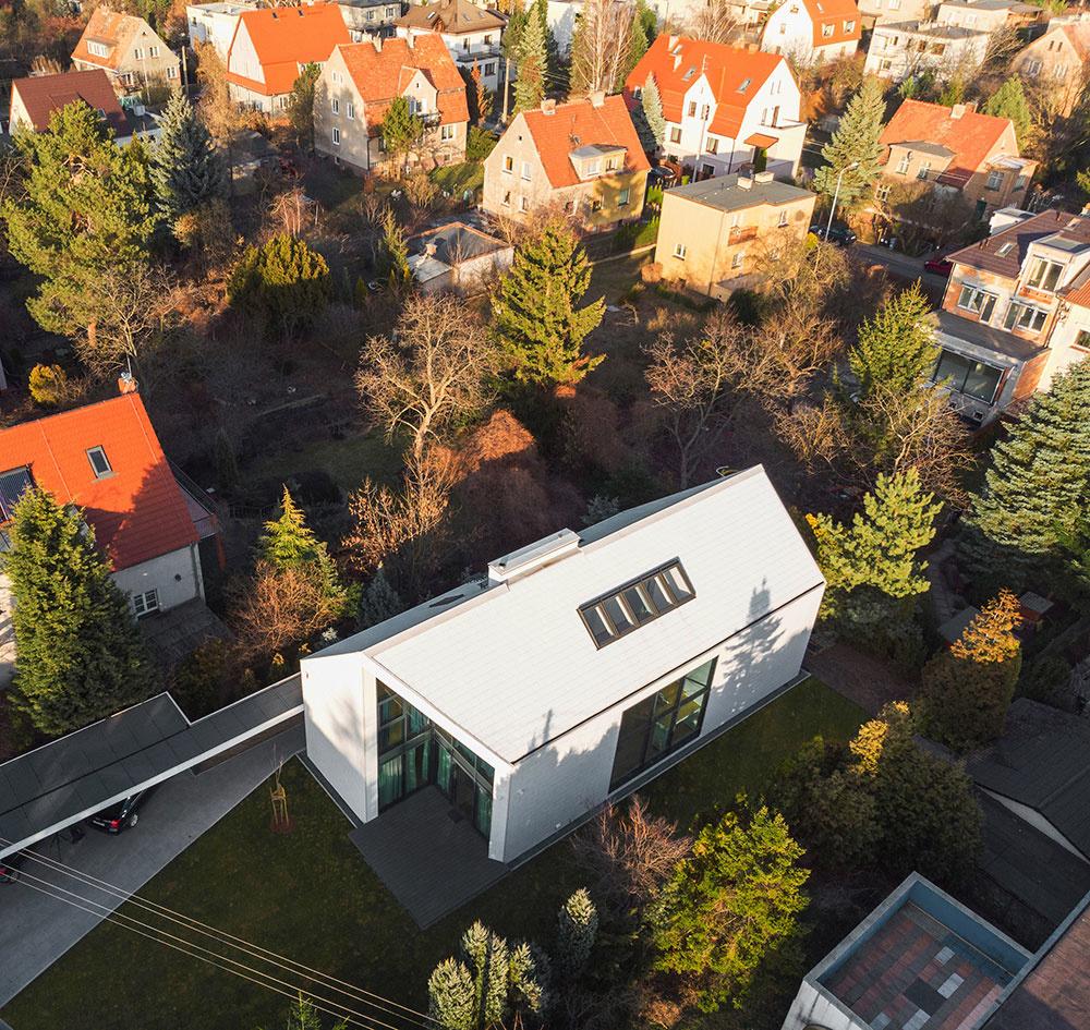 dom z výšky