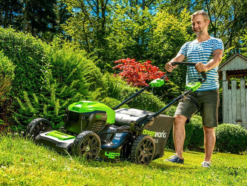 AKU záhradná technika – stavte na ticho
