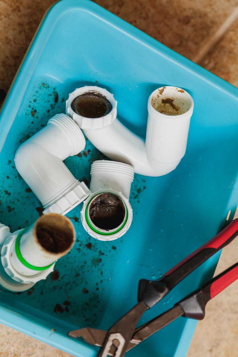 Trápi vás zápach z odtokov a kanalizácie?