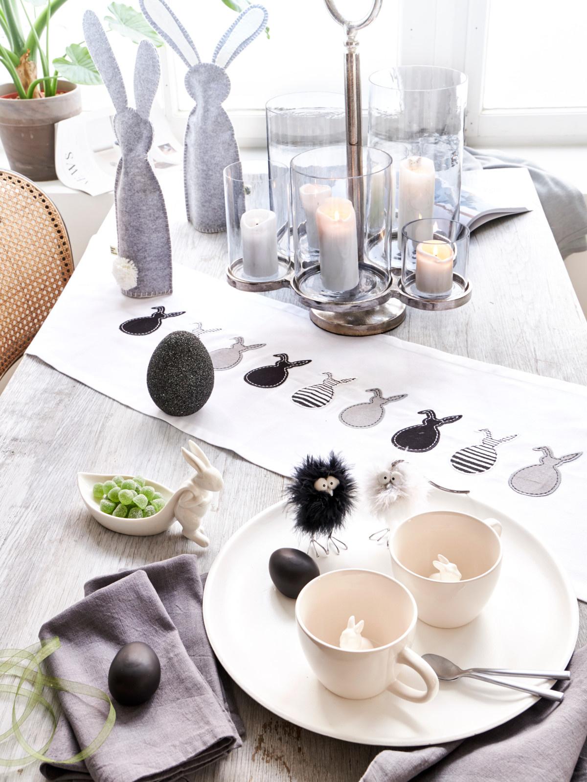 veľkonočný stôl
