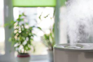 Pomáha vlhší vzduch v interiéri v boji proti koronavírusu?