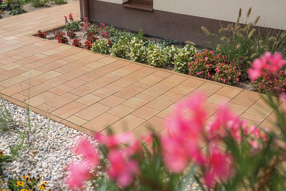 záhradné platne