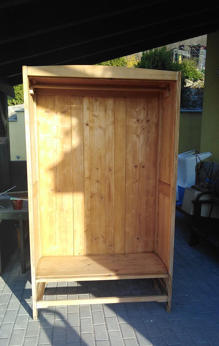 Renovácia starej skrine