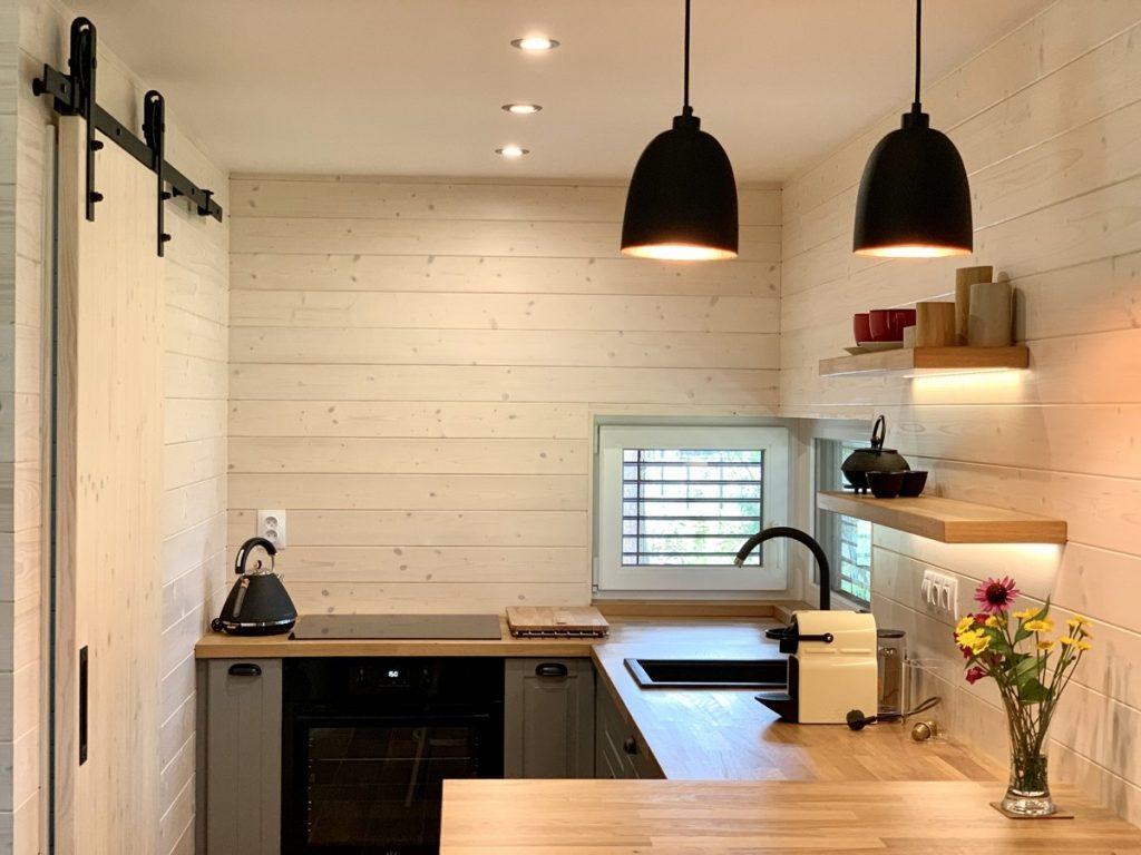 Súťaž Interiér roku: Minimalistický domček zariadili iba z prírodných materiálov