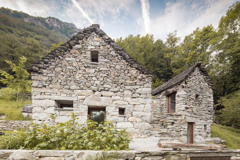 Sebestačný rekreačný dom s vodou z prameňa: Verili by ste, že to bola stajňa?