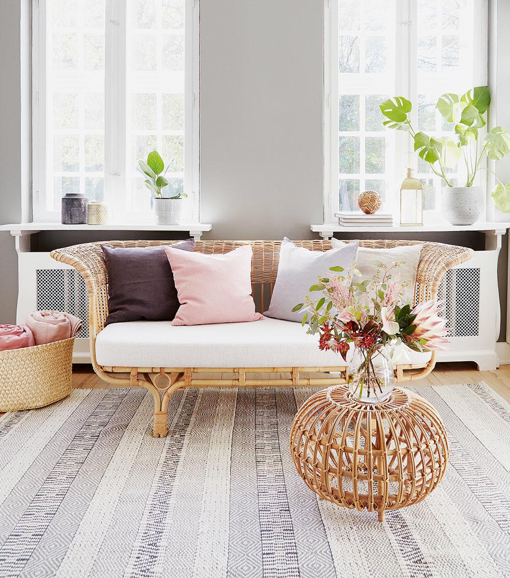 Ratanový nábytok nájdete vklasických aj extravagantnejších podobách. Vyberte si taký, aký vyhovuje vám.