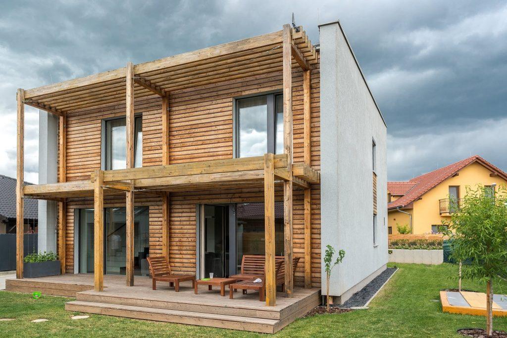 Brusel od januára 2021 nariaďuje úsporné domy, čo to so sebou prinesie?