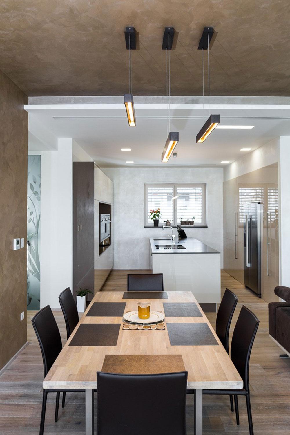 priestranná jedáleň s kuchynským ostrovom