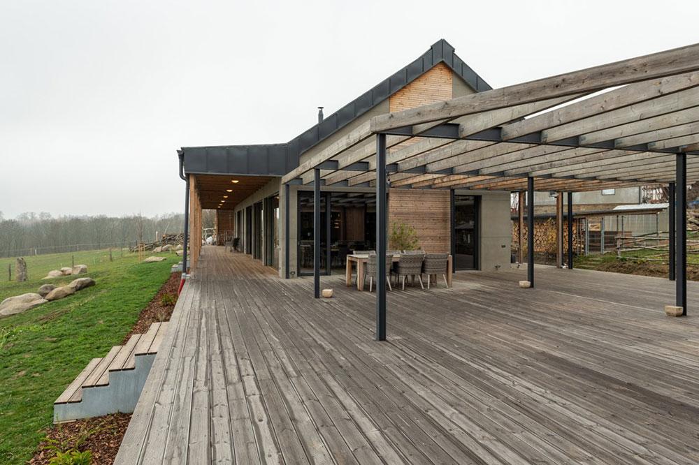 drevená terasa rodinného domu