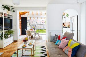Prístavba kuchyne: 5 krokov k presvetlenému priestoru, ktorý vyhovuje celej rodine