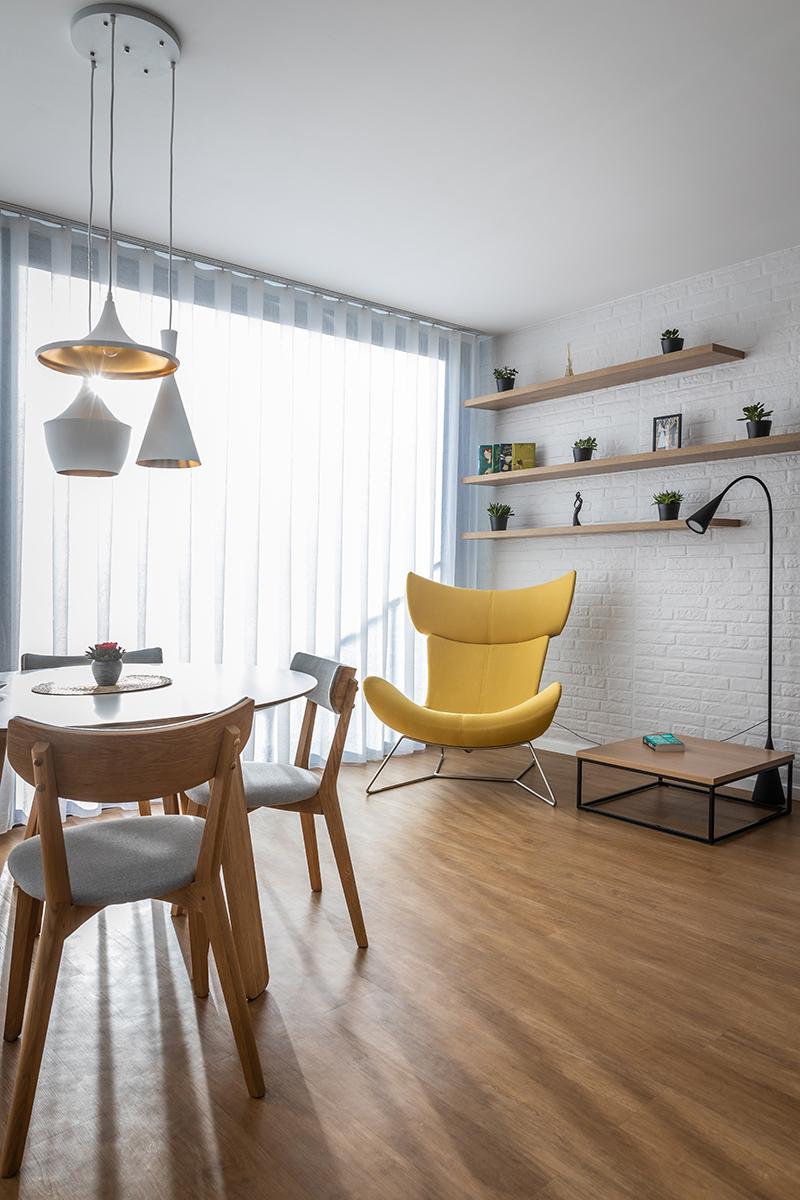 čitateľský kútik v obývačke
