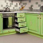kuchyňa v zelenom