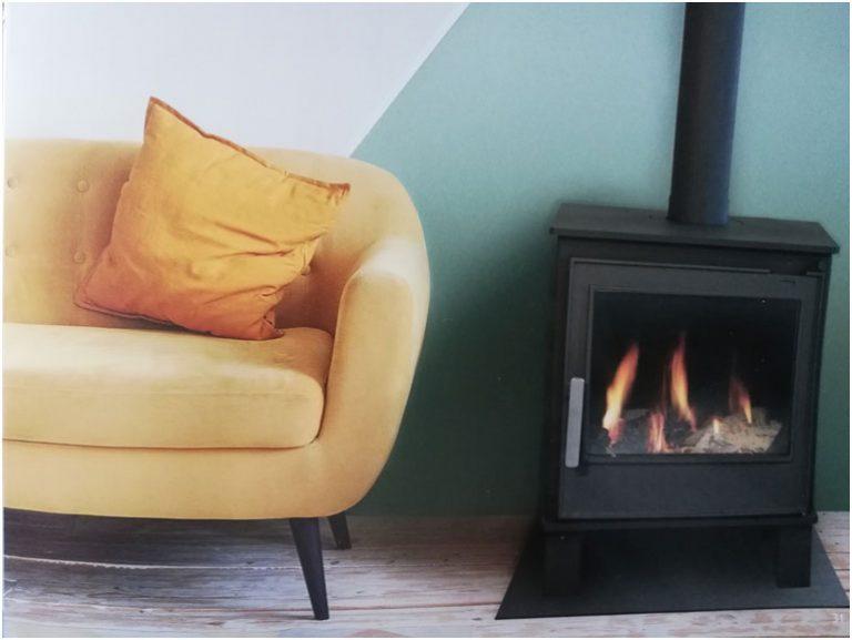 Voľne stojacie plynové krby s odťahom spalín do komína elegantný klasický štýl (EFFECT, GRACE, IDEAL)