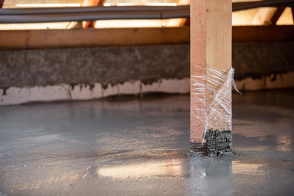 Vybetónovaný drevo-betónový spriahnutný strop