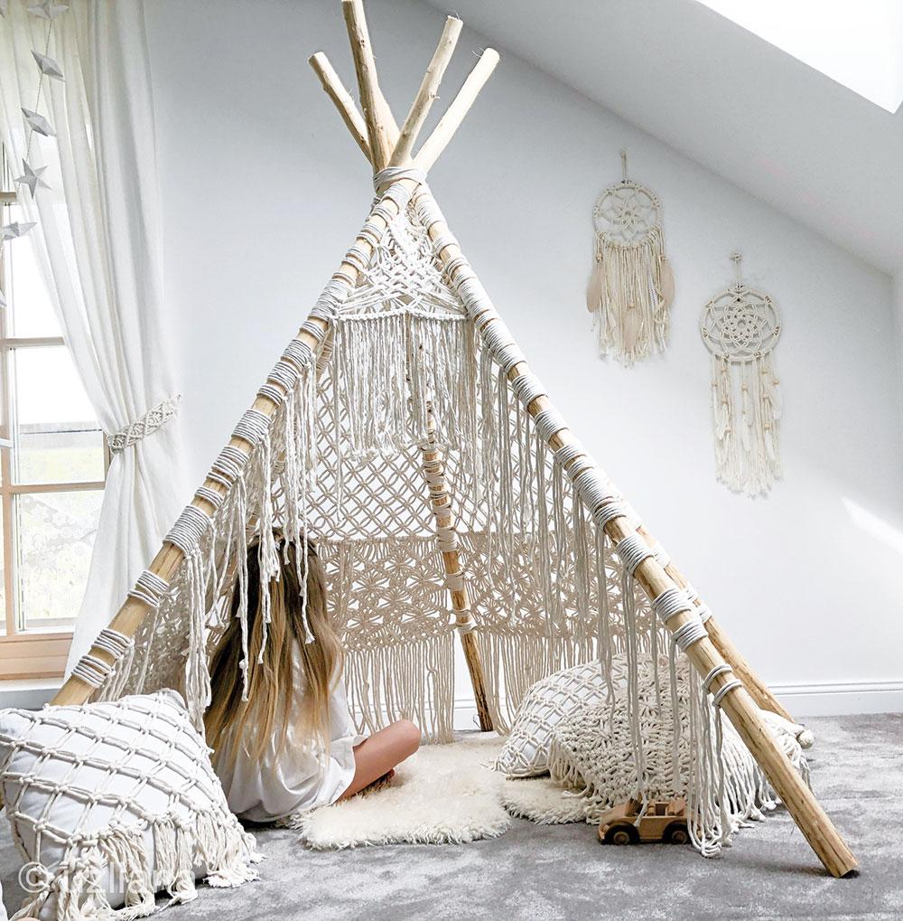 Makramé stan pre deti vyrobený ručne zdreva