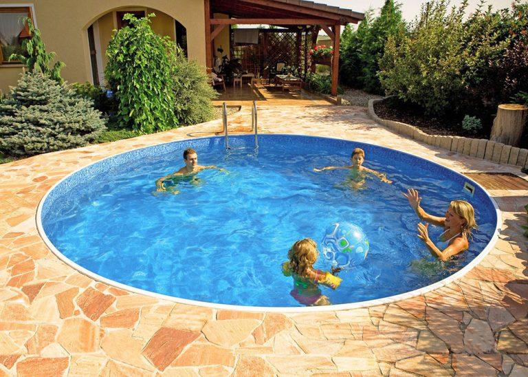 Zažite radosť z rodinného bazéna. Kúpať sa môžete už v priebehu jediného dňa