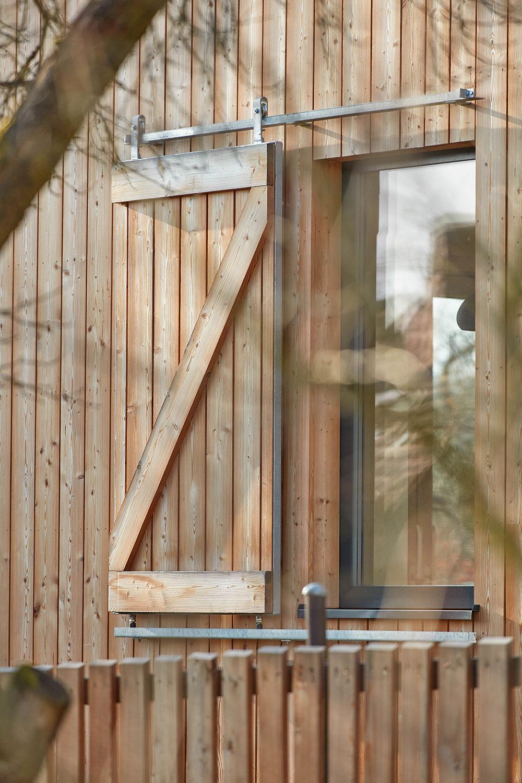 drevené okenice