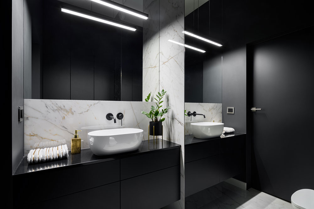 čierna kúpelňa