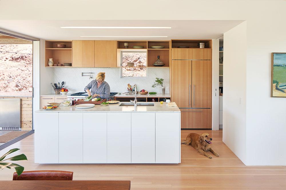 otvorená kuchyňa s ostrovom