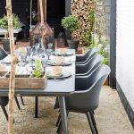plastový záhradný nábytok