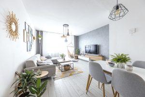 Kompletná rekonštrukcia panelákového bytu v severskom štýle trvala iba 2 mesiace