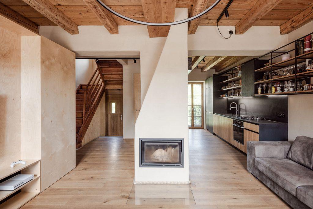 Rekonštrukcia v Ľudovej štvrti: Architektonické ego ustúpilo hodnotám domu