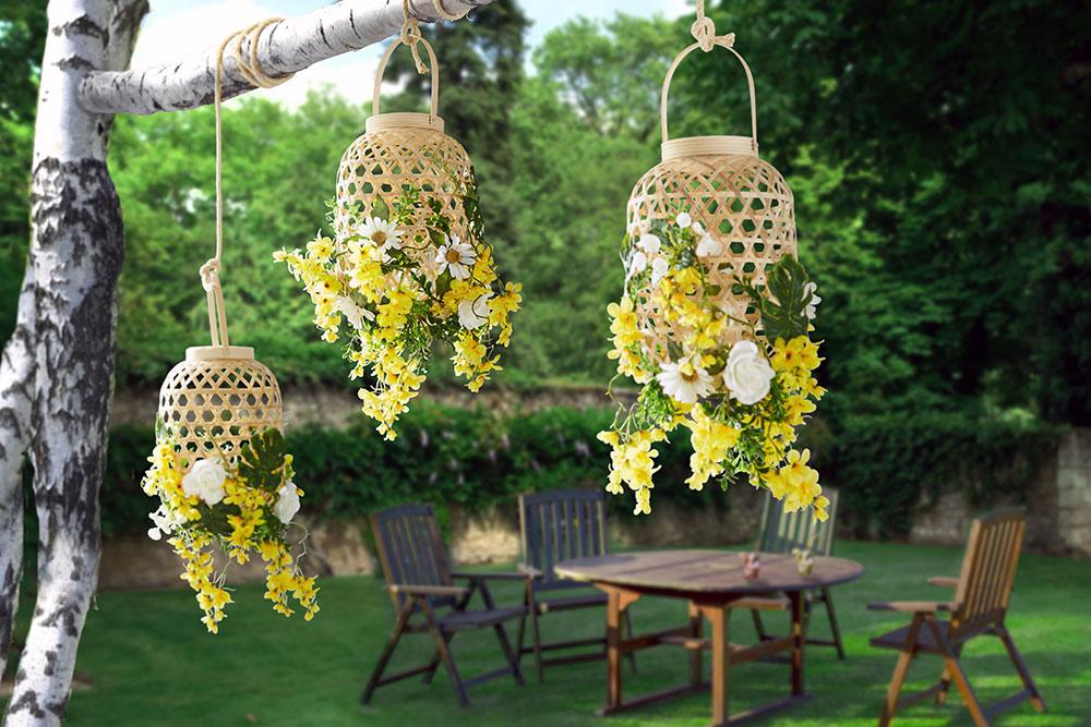 Záhradné lampáše