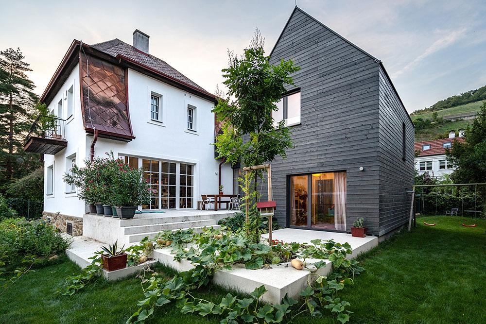 Riešenie pre staré domy s charizmou: Radšej pristaviť, ako búrať!