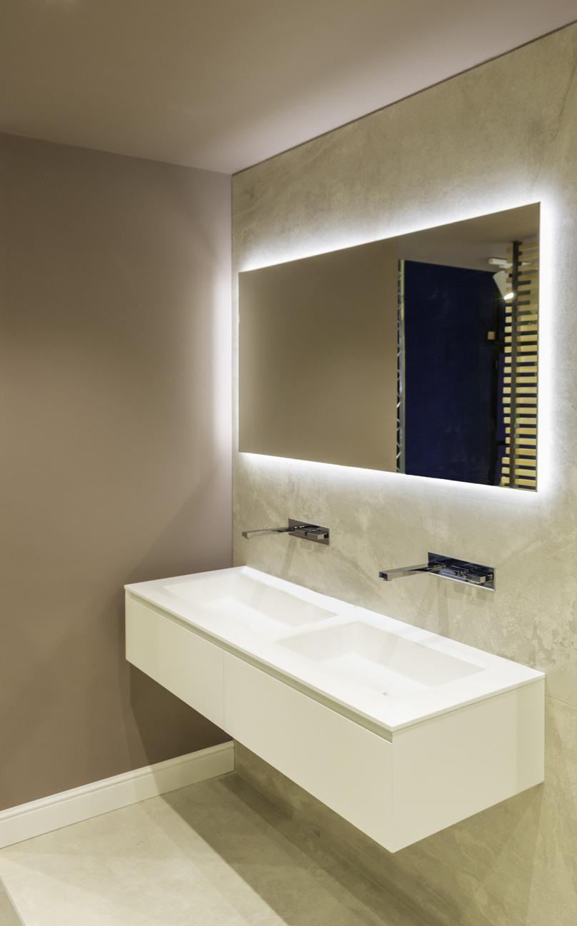 kúpeľňa v modernom dizajne