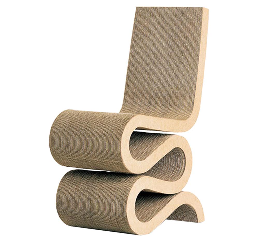 Kartónová stolička