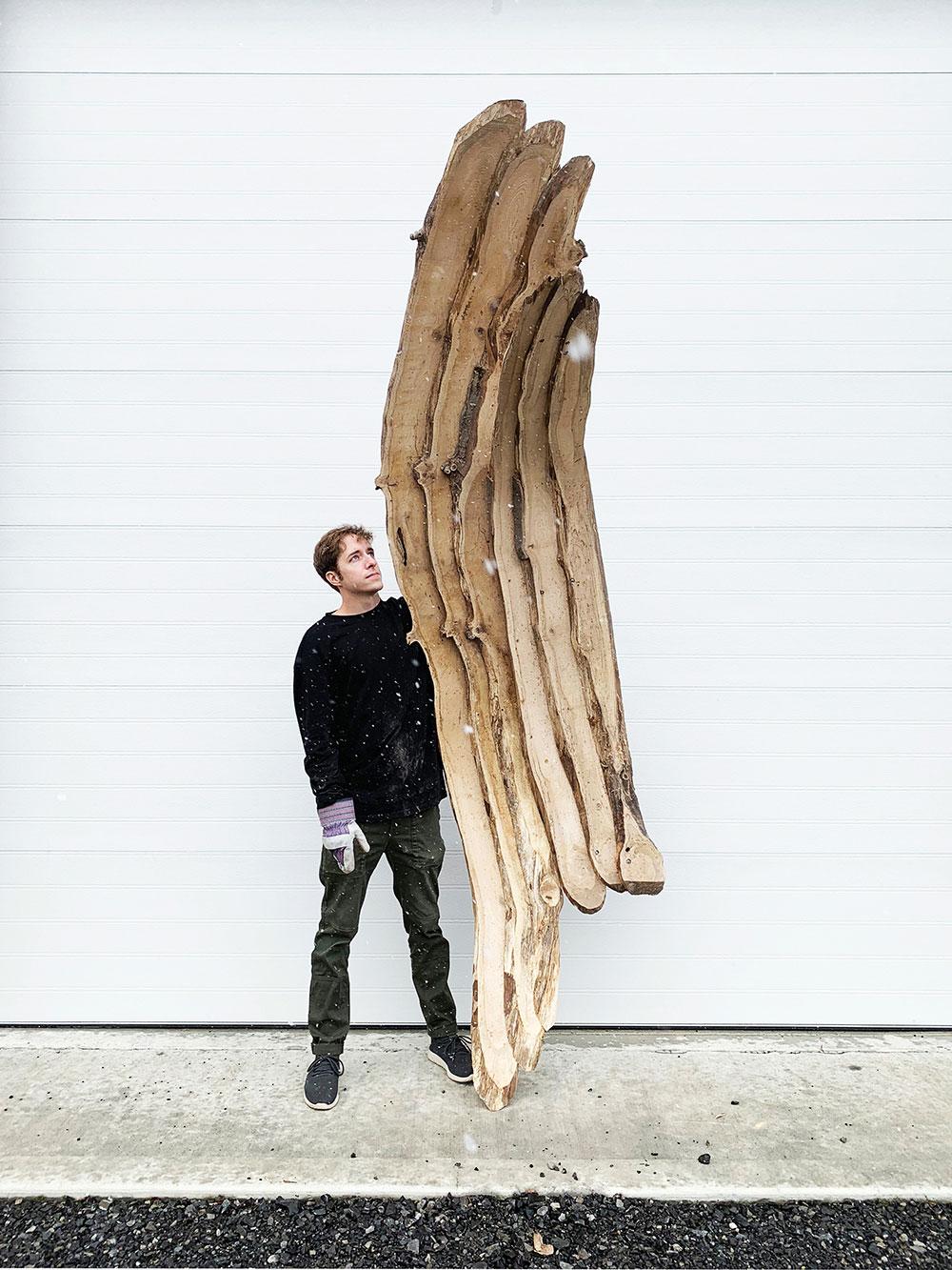 opracované jaseňové drevo na stavbu chatky