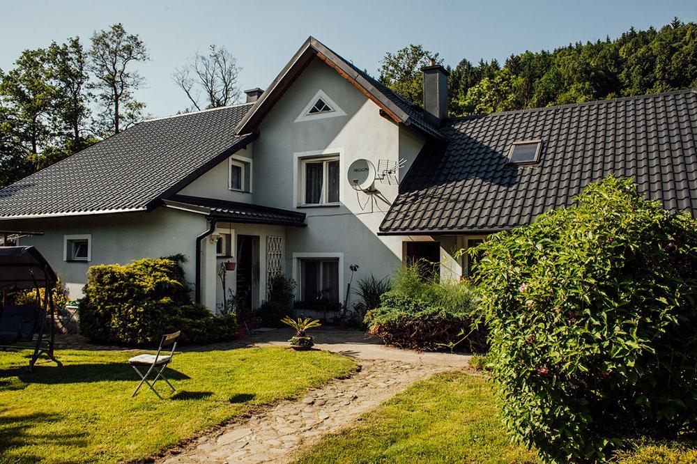 Ešte krajší dom so strechou zo škandinávskej ocele