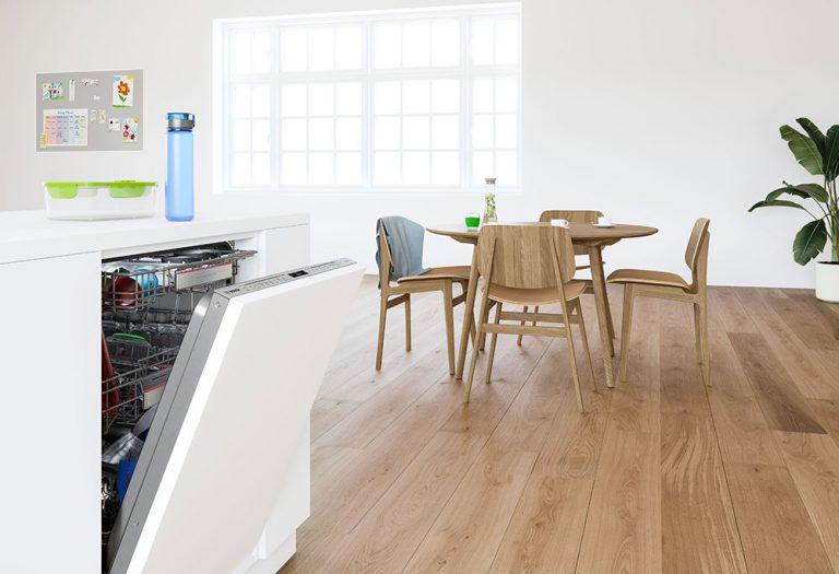 Nová generácia umývačiek riadu Bosch s PerfectDry, flexibilným tretím košom a efektívnou Extra Clean Zone