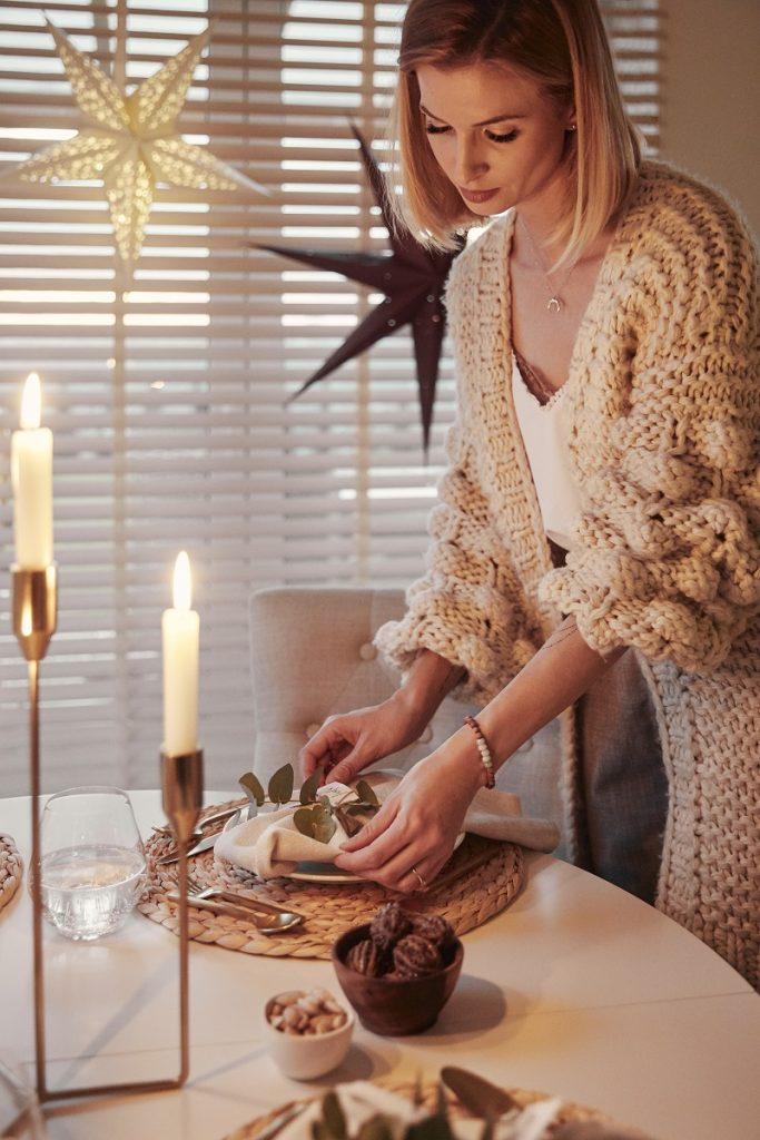 vianočné zdobenie jedálenského stola