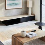 dizajnový drevený konferenčný stolík