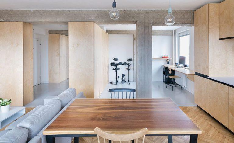 Premena starého bytu s nepraktickou dispozíciou na moderný priestor pre mladý pár