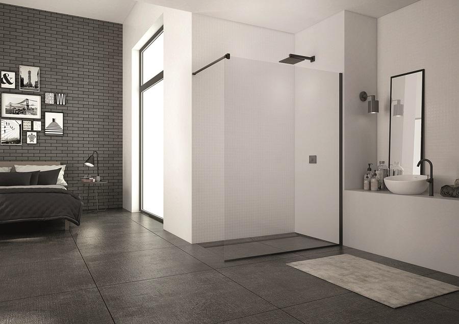 Sprchové zásteny kolekcia BLACK LINE od SanSwiss – pre milovníkov trendovej kúpeľne