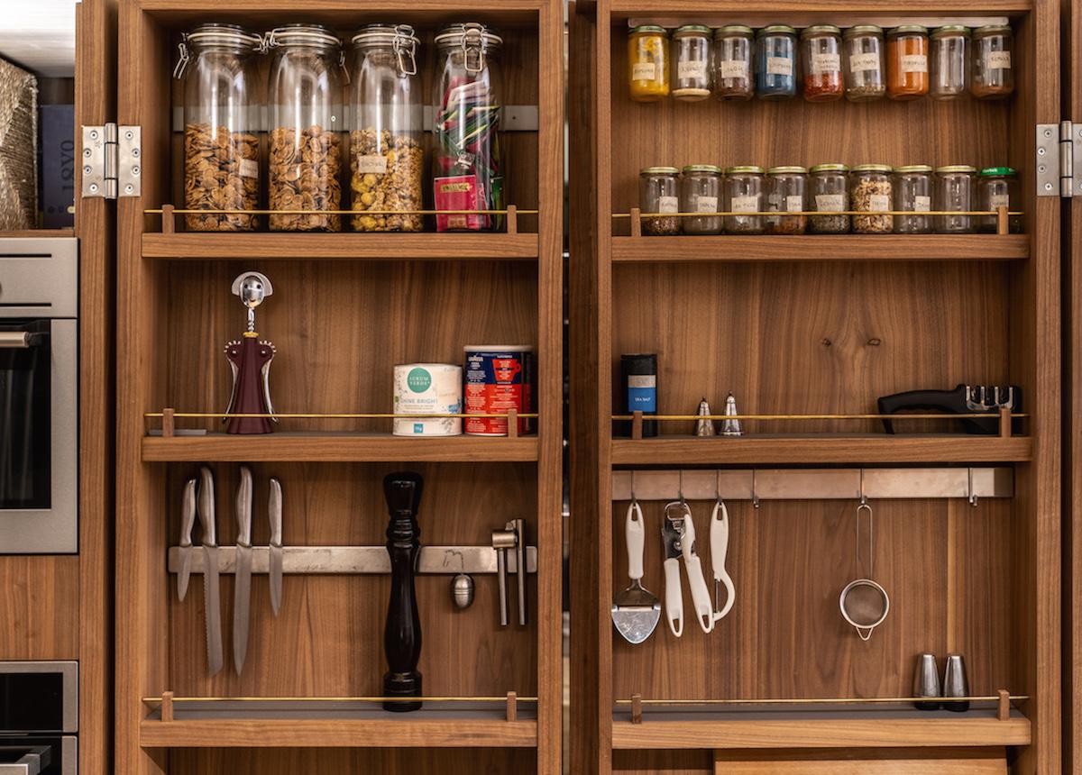Detail kuchynskej skrinky