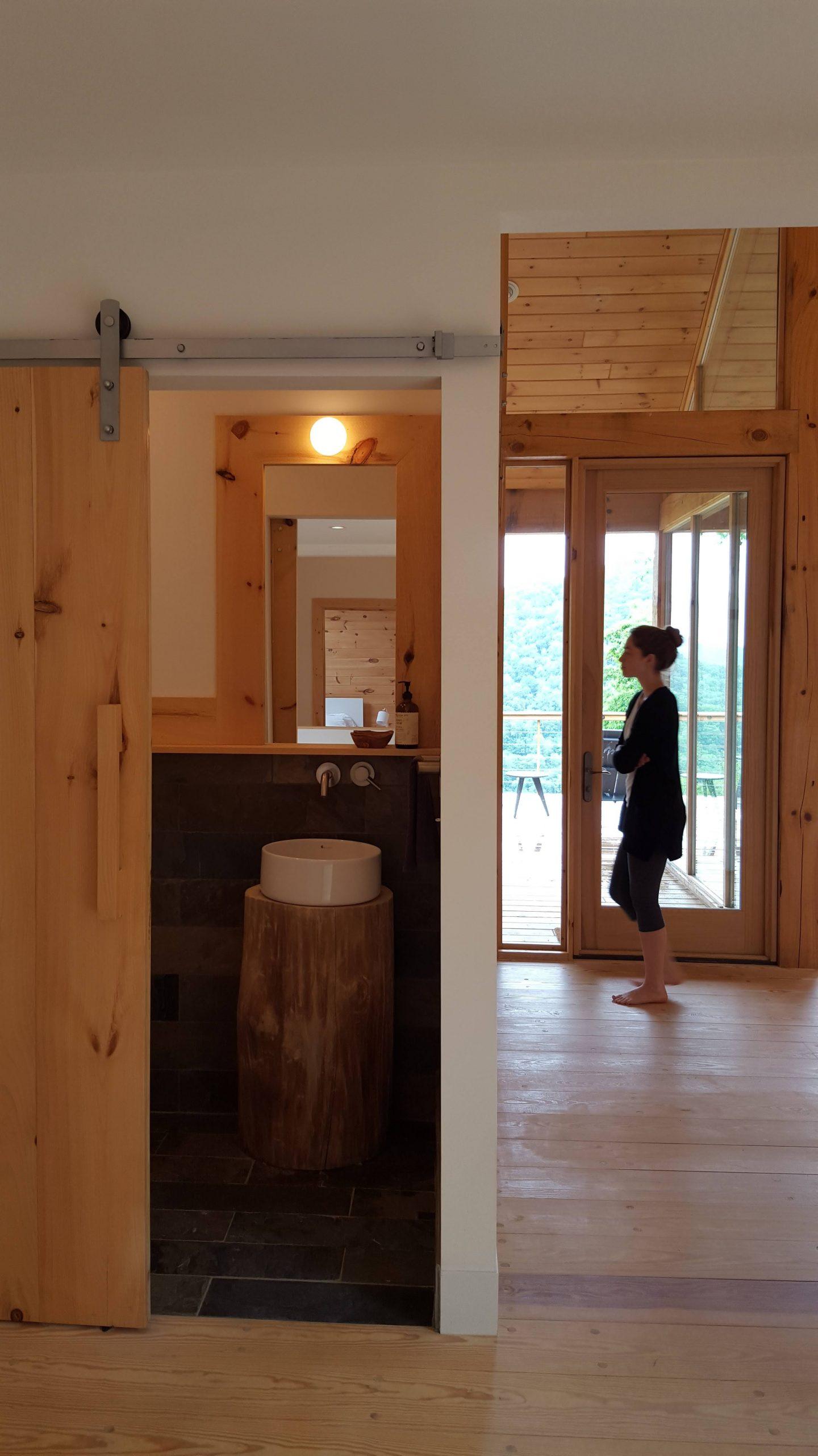malá kúpeľňa na chate