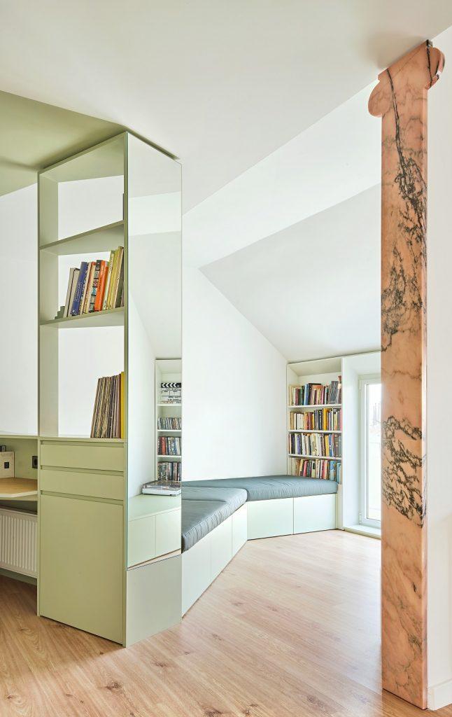 zrekonštruovaný byt s pilastrom v Barcelone