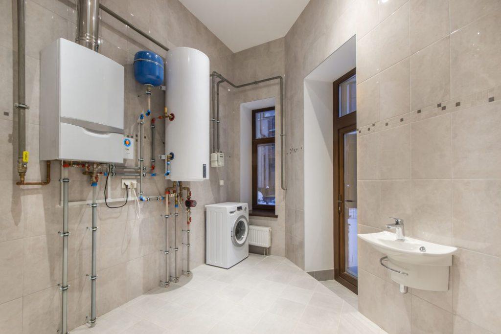 Prietokový ohrev alebo zásobník teplej vody: Čo je pre mňa lepšie?